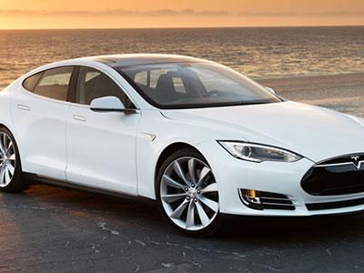 Tesla-Model-S-85-2012-9